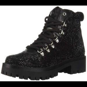 NWOB Steve Madden boots
